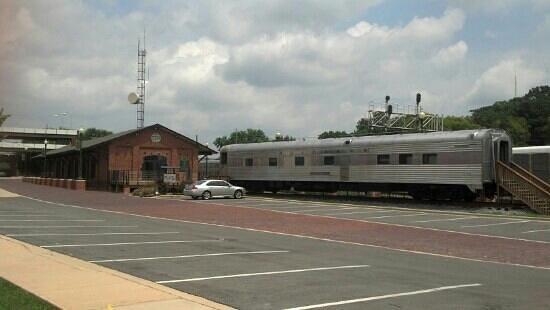 Dalton Freight Depot : Passenger Car Exhibit at the Dalton Depot