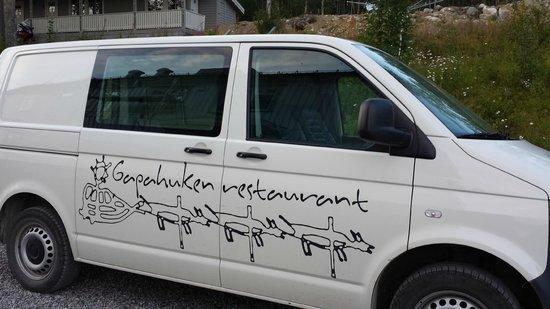 Sollia Gjestegard: the guest shuttle van