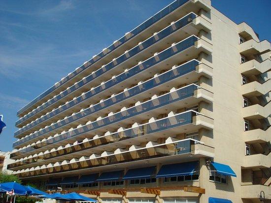 Hotel Marinada : hotel ( balcon)