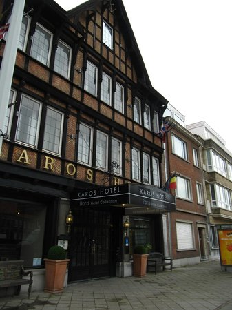 Floris Karos Hotel: View from outside