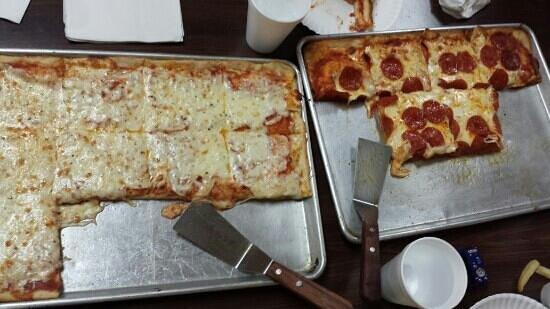"""Donatello's Restaurant: """"One tray"""" at Donatello's"""