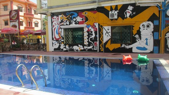 Downtown Siem Reap Hostel : pool
