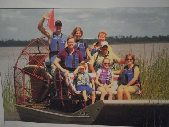 Captain Fred's Airboat Nature Tours: free photo and calendar presented at the end of our trip