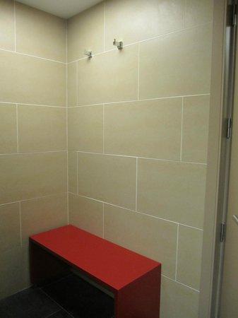 ILUNION Barcelona : bathroom