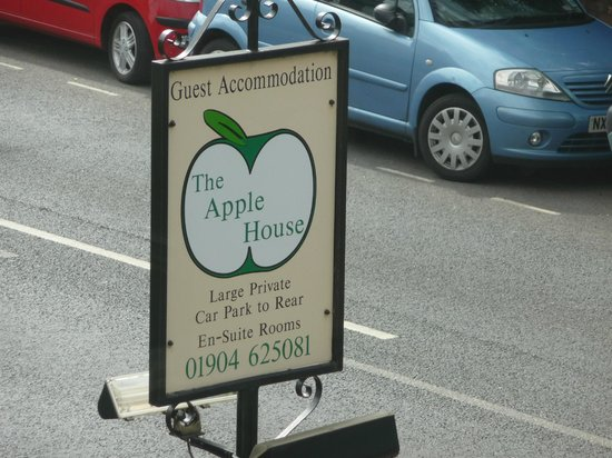 Apple House Guest Accommodation: The Apple House