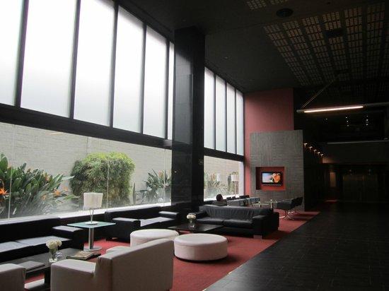 ILUNION Barcelona : lobby