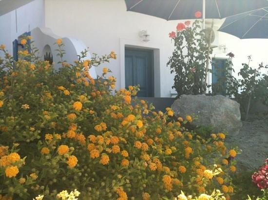Onar Studios: veranda con vista sul mare