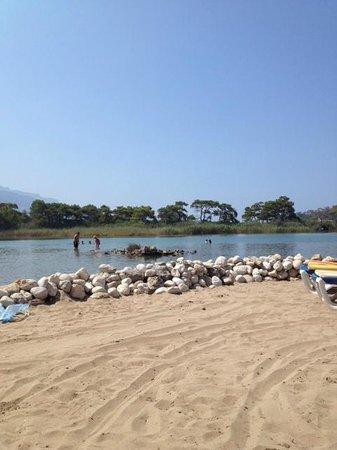 The Sugar Beach Club : The Lagoon