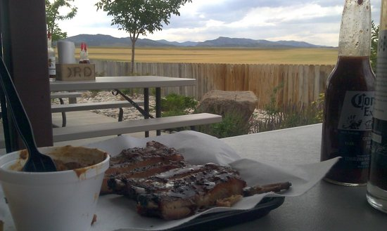 Serious Texas Bar B Q (Loveland CO): Dinner On The Patio Of Serious