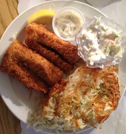 Lake Hallie Golf Course: Friday night fish special