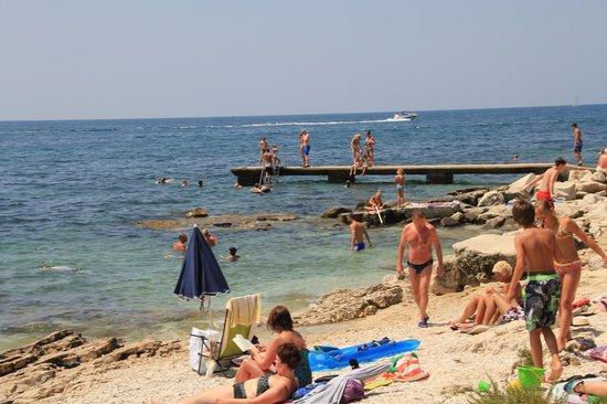 Resort Amarin: пирс. вход в море