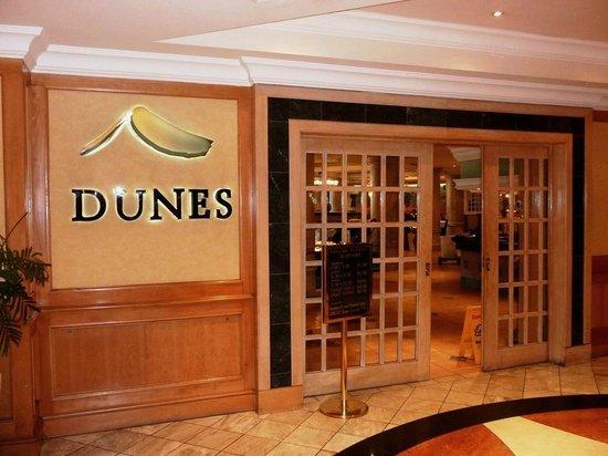 AVANI Windhoek Hotel & Casino: Dunes restaurant