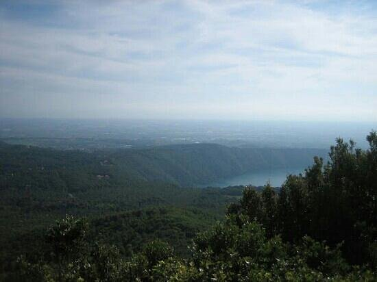 Via Sacra: panorama da montecavo