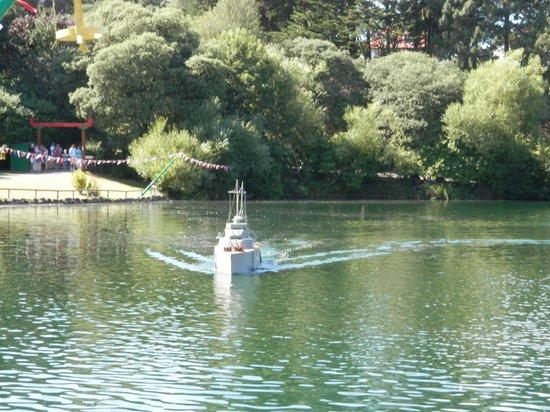 Victoria Seaview Hotel : peasholm park-naval warare