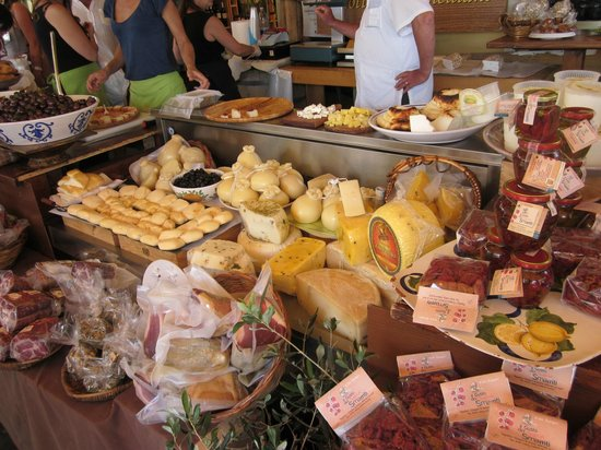 Fratelli Burgio: An array of excellent delicatessen