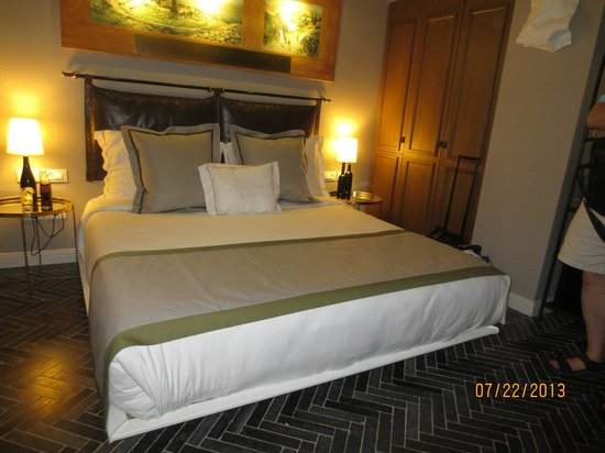 The Rothschild Hotel - Tel Aviv's Finest: room that was quite comfortable