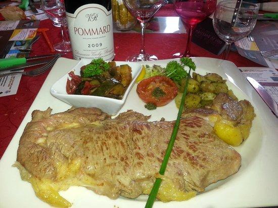 L'Assiette Charolaise : Clin d'oeil à ce resto au top du top !!! Christian ( patron ) nous a même offert le digestif !!!