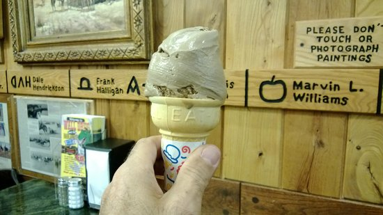 Wall Drug Store Cafe: My great homemade ice cream