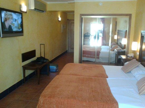 Hotel Sercotel Rosaleda de Don Pedro: habitacion superior 2