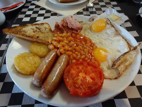 "Hotel Samoria : le ""full english breakfast"""