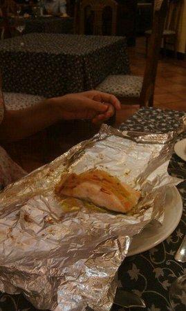 Hotel Sercotel Rosaleda de Don Pedro: salmon al papillote del hotel