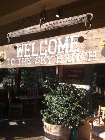 Sierra Sky Ranch: Bienvenida