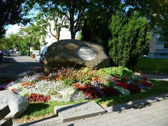 Niederburg: Hussenstein- place where Hus was burned