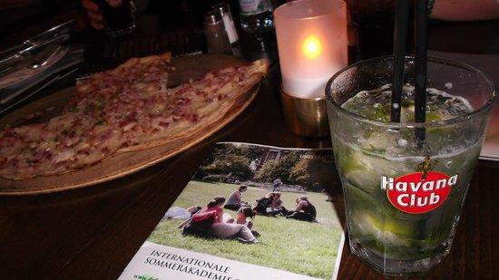 Novus: mojito, pizza & candle