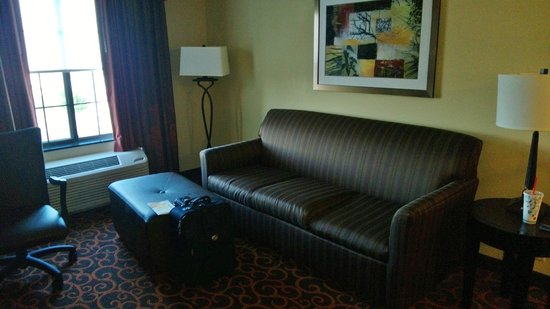 Hampton Inn & Suites Dickinson : Sitting room