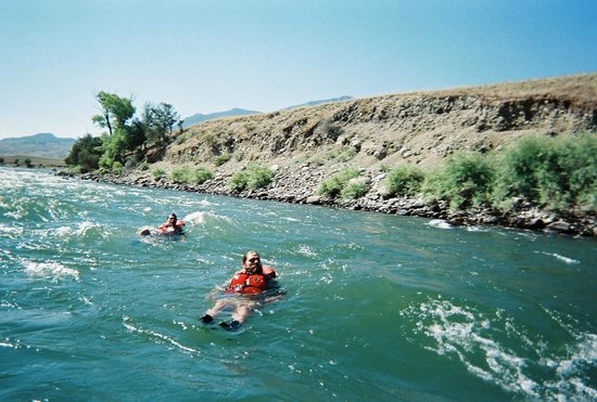 """Yellowstone Raft Company: Floating """"nose to toes"""" down the river."""