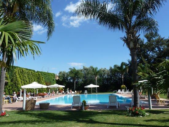Hotel della Valle: the pool