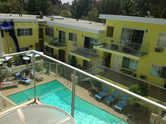 Magic Castle Hotel: Good pool area