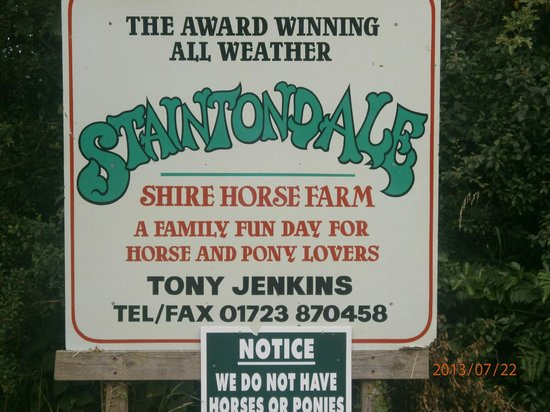 Staintondale Shire Horse Farm: Farm sign