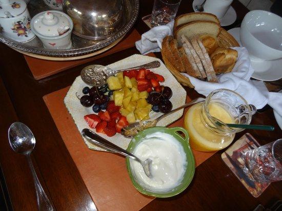Lough Kip Lodge Guest House: Prima colazione, tutto fatto in casa! Ottimo!