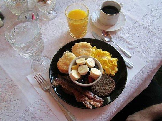 The Franklin-Pearson House: Yummy breakfast