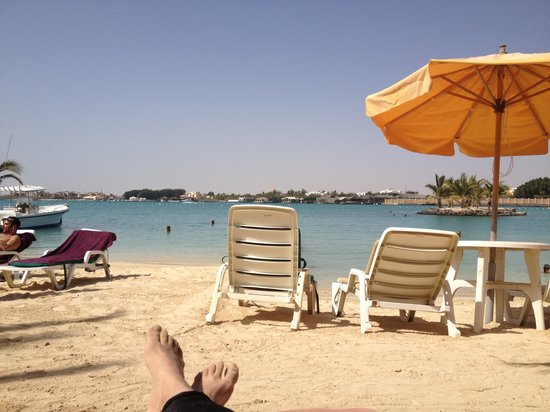 Silver Sands Beach: A seat with a view