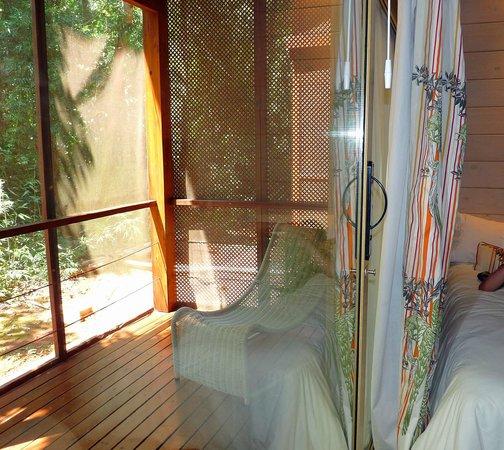 La Cantera Jungle Lodge: Ausgang vom Zimmer zur Terrasse