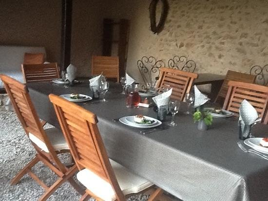 Le Clos Dormont: Table d'Hôtes