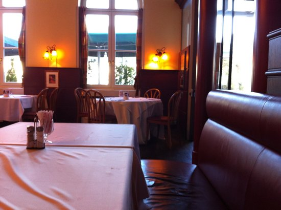 Hotel Merian am Rhein : Sala colazione del Hotel.