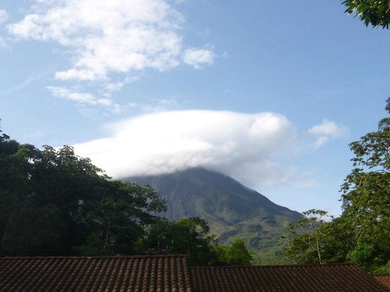 Tabacon Thermal Resort & Spa: Arenal Volcano view from Tabacon