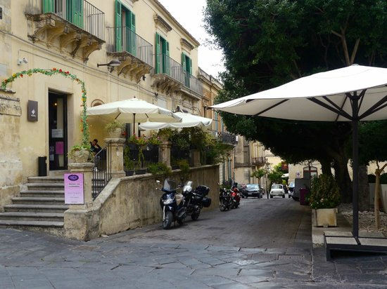 Late Baroque Towns of the Val di Noto : Noto, Sicily