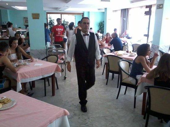Marina Sur Hotel: comedor