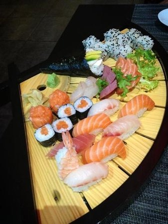 Koori Sushi : wonderful spread!
