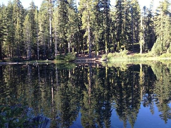 Lakes Basin: Smith Lake