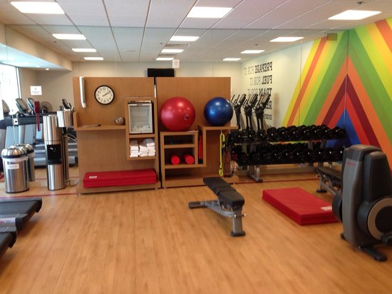 Workout room picture of sheraton detroit novi