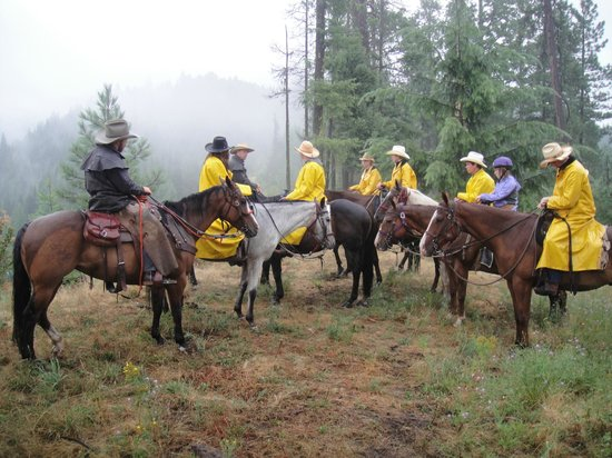 Red Horse Mountain Dude Ranch: we all chose to ride in the rain.