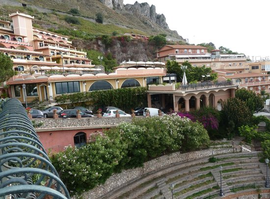 Baia Taormina: the hotel