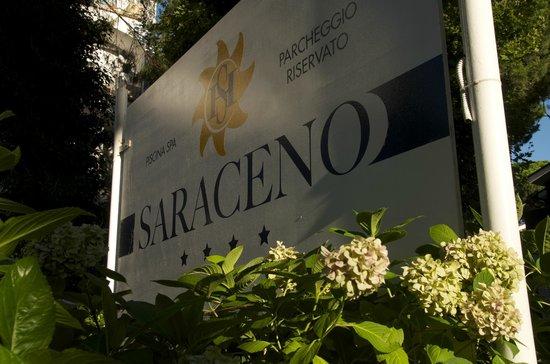 Hotel Saraceno: Hotel sign
