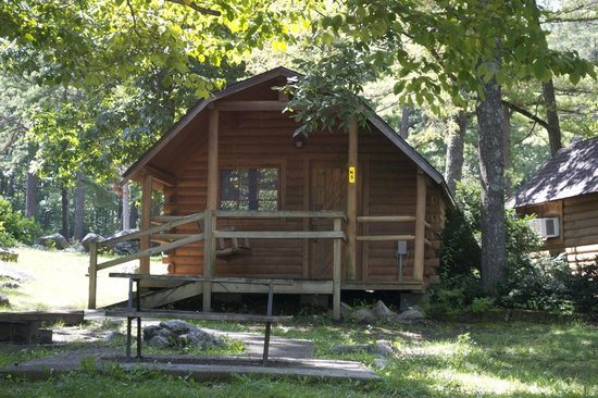 Wytheville KOA : Rustic cabins