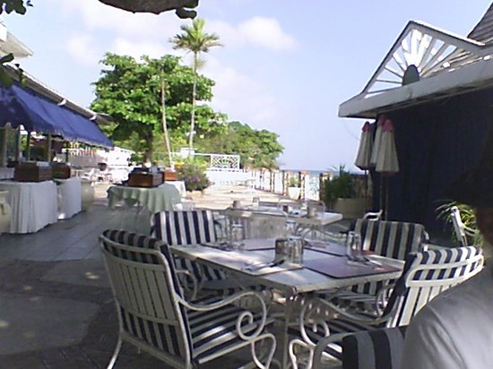 Shaw Park Beach Hotel & Spa: Breakfast area